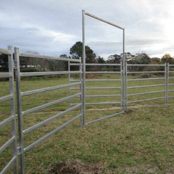 2.7m Horse Yard Gate