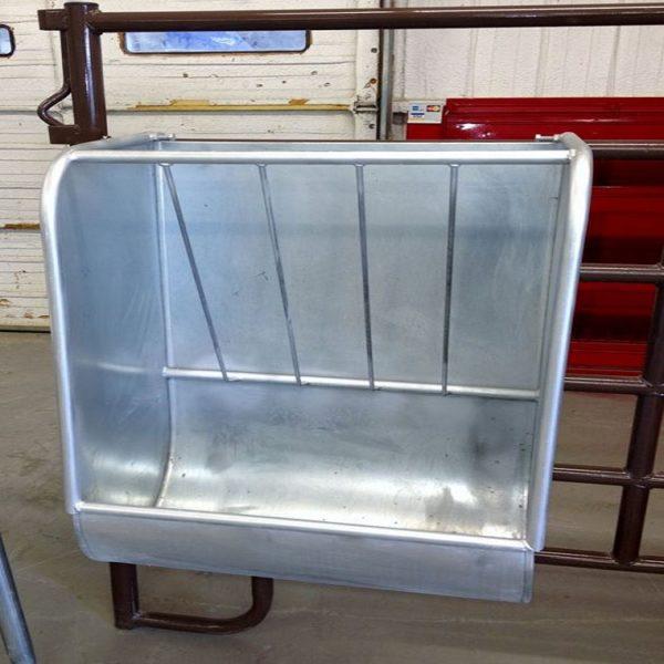 Galvanized Steel Hay Feeder with Safe Rounded Edges Ideal for All Livestock2